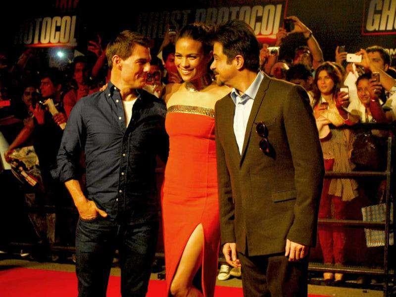 The three stars in conversation at the premiere. Photo By Prodip Guha