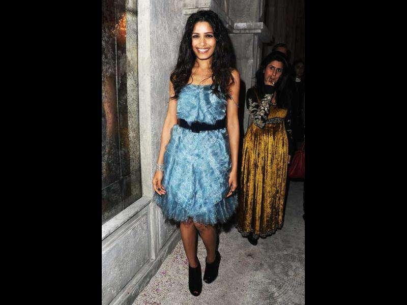 Freida Pinto donned a blue number from Chanel's spring 2012 collection.