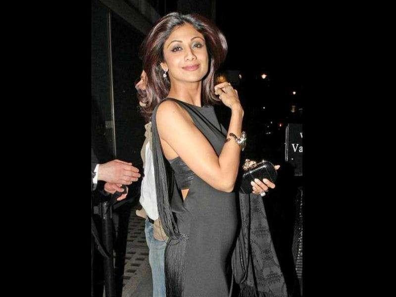 Shilpa Shetty who got married to entrepreneur Raj Kundra in 2009 confirmed the pregnancy on Twitter: