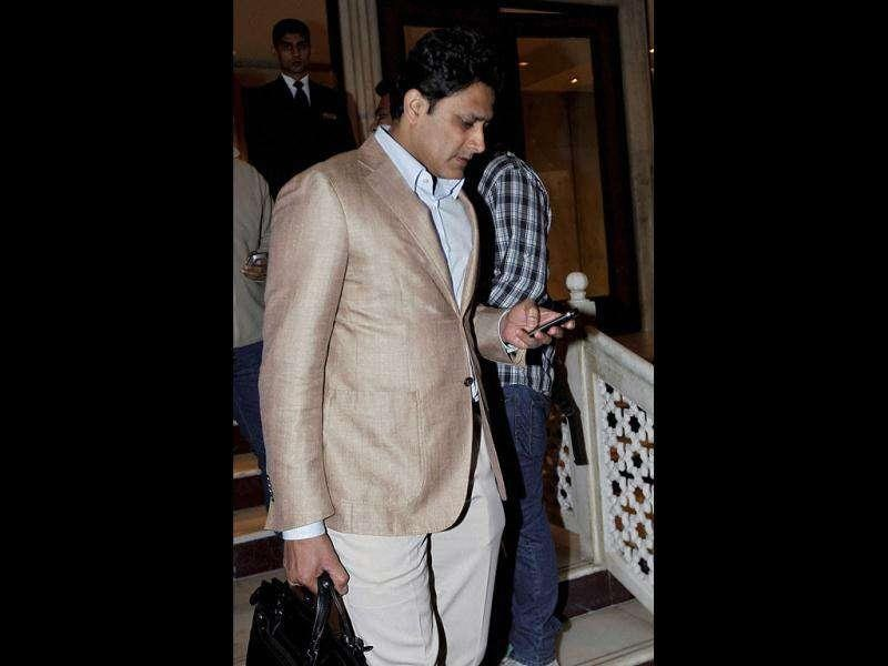 Former Indian captain Anil Kumble comes out after attending BCCI meeting in New Delhi. Kumble tendered his resignation from the chairmanship of the National Cricket Academy.