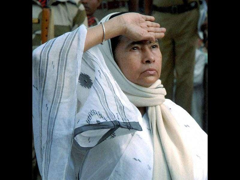 West Bengal chief minister Mamata Banerjee paying tributes at the