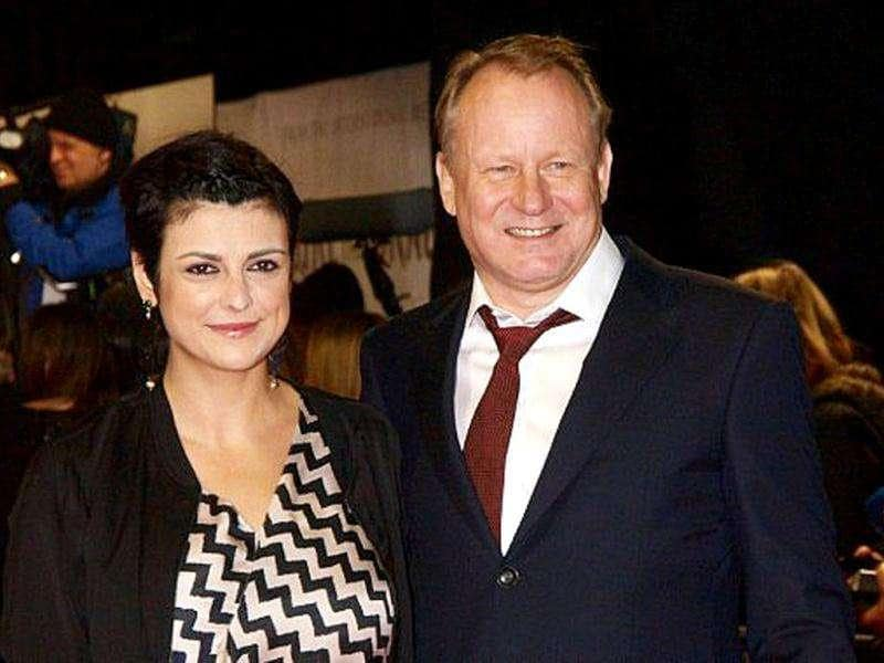 Swedish actor Stellan Skarsgard with his wife Megan. (AFP PHOTO / Max Nash)