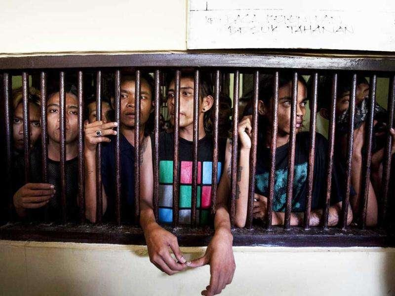 A group of arrested Indonesian punks are jailed in Bandah Aceh police station in Aceh province. AFP Photo