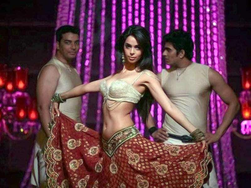 Mallika Sherawat's rustic number Jalebi Bai connected well with the masses.