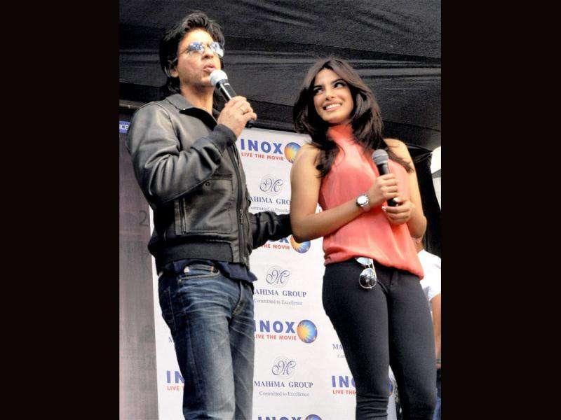 Bollywood actors Shah Rukh Khan and Priyanka Chopra during a promotional event for their upcoming film Don 2 in Jaipur. (PTI)