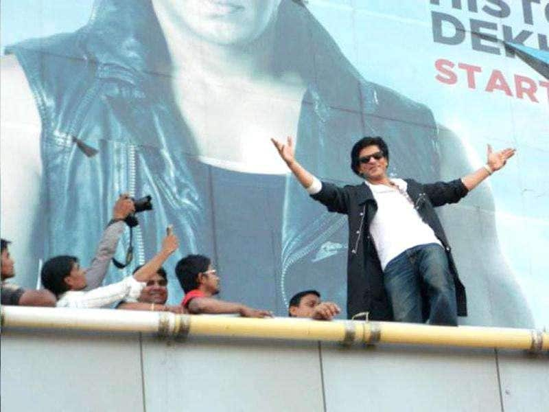 SRK is coming in a villanious avatar after a long time in Don 2.