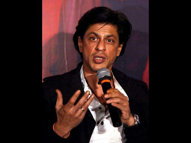 SRK at the Hyderabad promotion of Don 2.