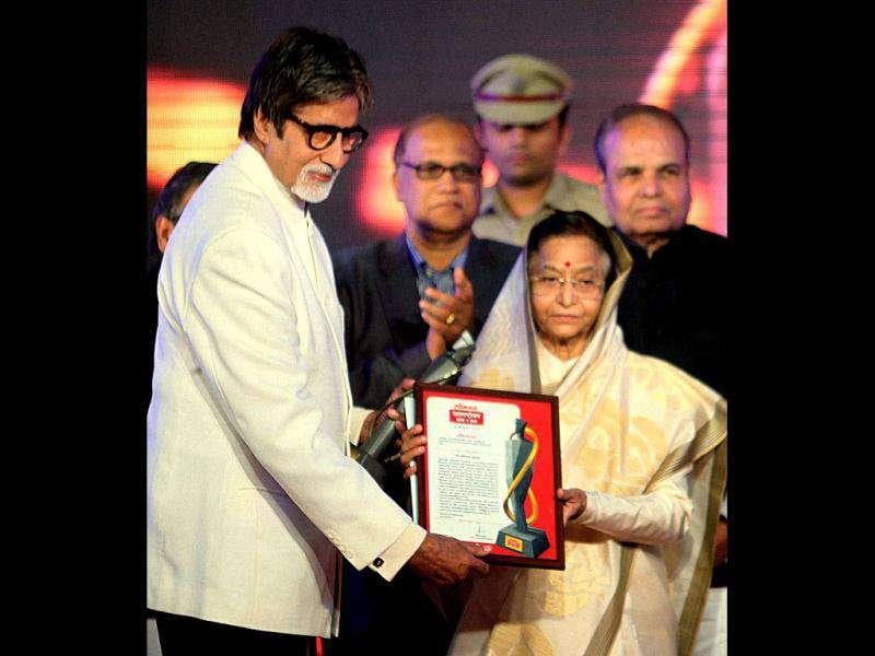 "Bachchan tweeted, ""Today among all the thoughts another award and that's The Maharashtrian of the Year, the Maanbindu (sic) for me has been given by the President of India."" (PTI Photo)"