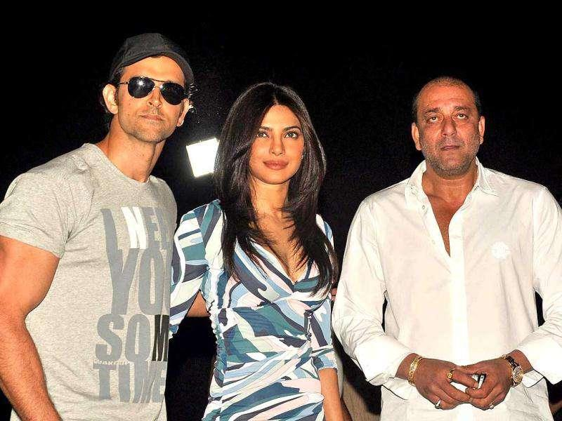 Bollywood actors Hrithik Roshan, Priyanka Chopra and Sanjay Dutt launch Agneepath's second trailer in Mumbai. Check out the pics.