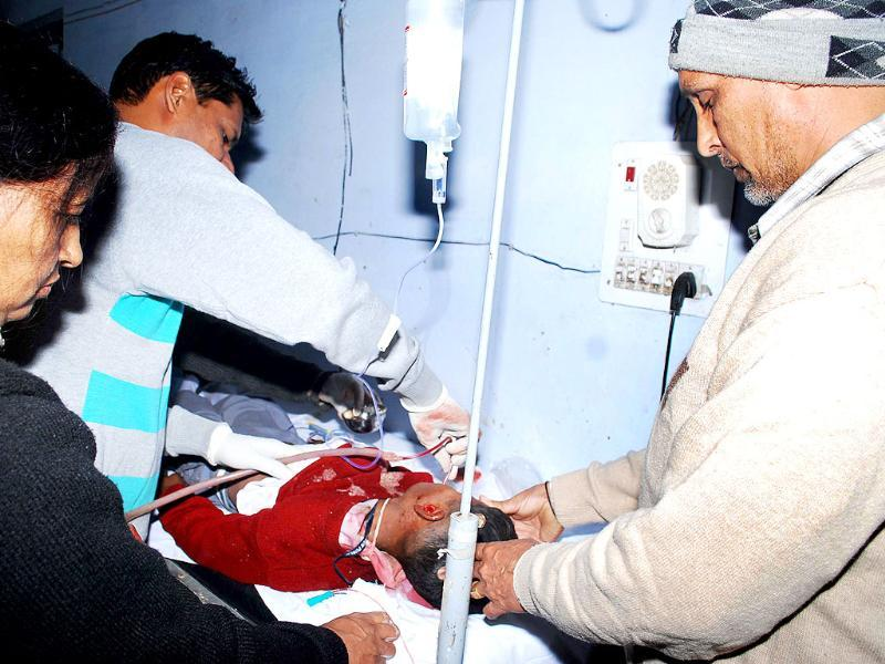 An injured child receives treatment at the civil hospital in Ambala. HT Photo/Jatinder Khanna