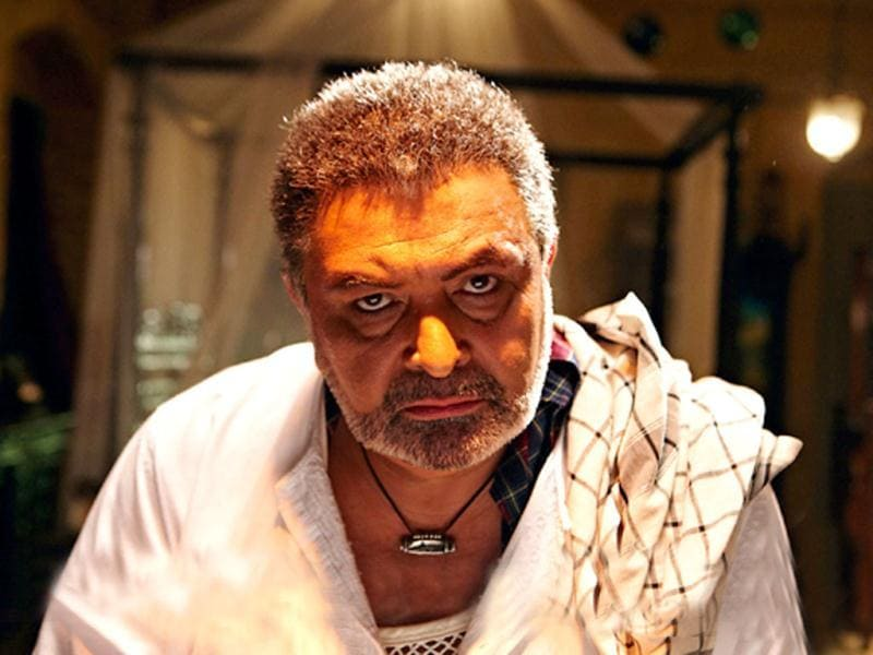 This is Rishi Kapoor's first out-and-out negative character in Agneepath. In the film Rishi will be seen in a different avatar, wearing kurta-pajama, a karakul cap and kajal in his eyes.