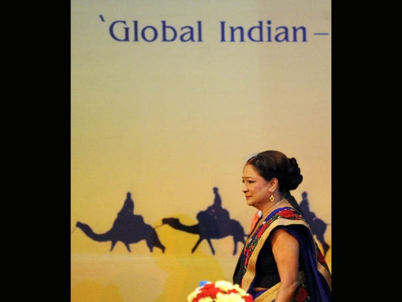 Prime Minister of Trinidad and Tobago Kamala Persad Bissessar arrives to attend the opening ceremony of the tenth Pravasi Bharatiya Divas 2012 (Overseas Indian Conference) in Jaipur. (AFP Photo/Raveendran)