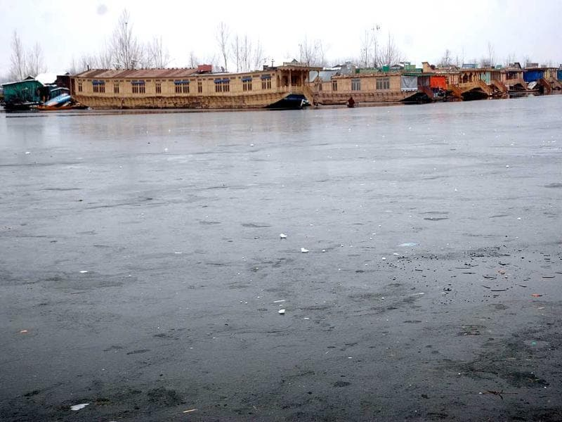 A view of the frozen part of the world famous Dal Lake, as the temperature dipped to minus 5.5 in Srinagar. Agencies