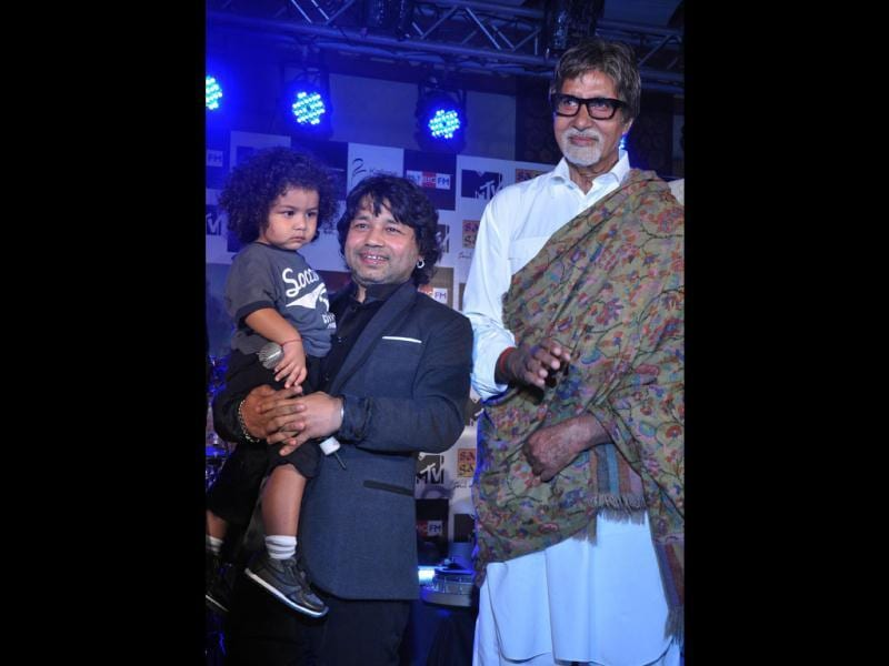 Megastar Amitabh Bachchan released the new album Rangeele of soulful singer Kailash Kher. It also features the singer's two-year-old son Kabir.