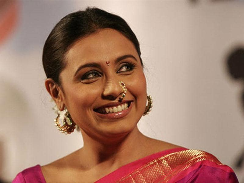 Rani was dressed in a traditional pink sari and donned a Marathi look.