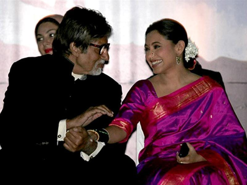 While Rani Mukherjee was the guest of honour at the Pune International Film Festival, Amitabh Bachchan was felicitated with the Lifetime Achievement Award for his contribution to cinema.