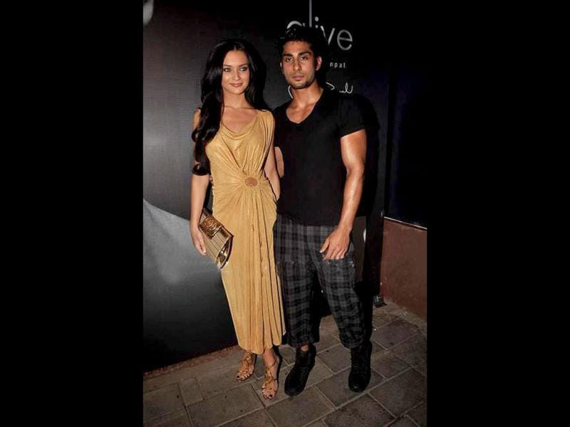 Prateik Babbar with Amy Jackson.