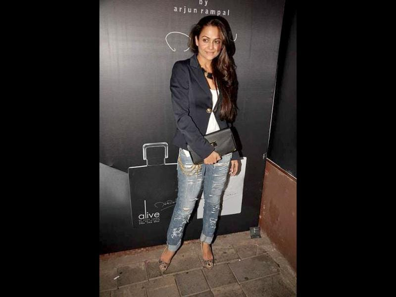 Amrita Arora sizzles in denim.