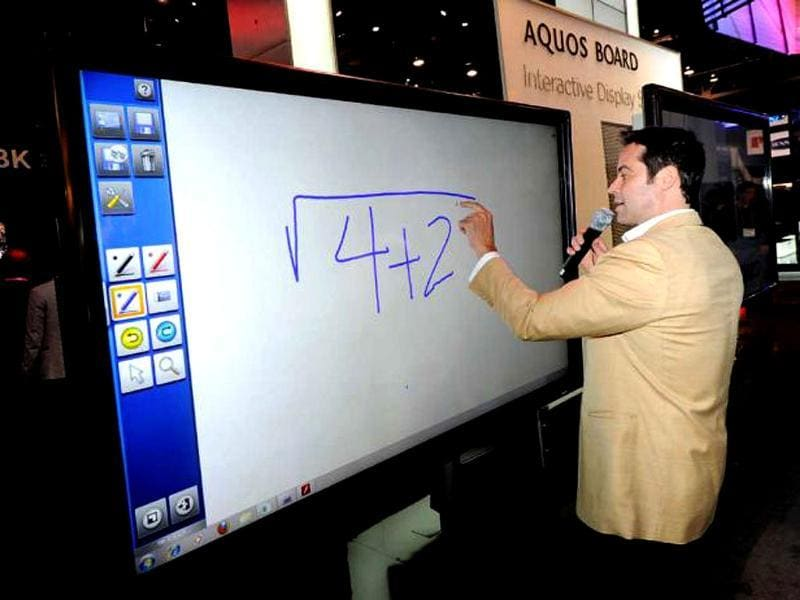 The AQUOS Board 80-inch class LED touch-panel, with full HD 1920 x 1080 resolution, is equipped with Sharp's UV2A photo alignment and Full Array LED backlight technologies to create an energy-efficient screen that is easy to read in most environments, regardless of ambient light.