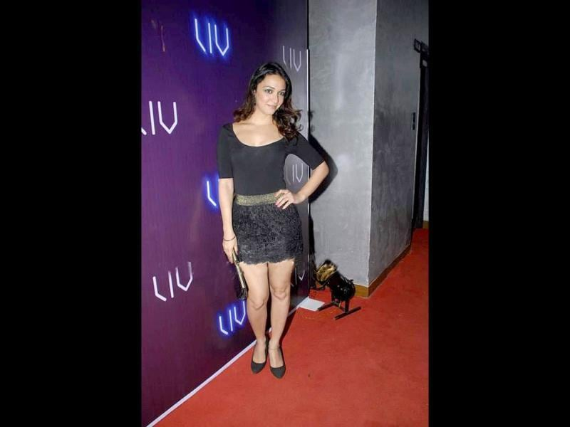 Actor-model Nauheed Cyrusi poses at the event.