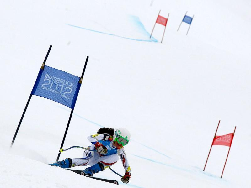 Andorra's Sara Ramendol speeds down the course during the women's alpine skiing super G race at the first winter Youth Olympic Games in Innsbruck. (Reuters/Dominic Ebenbichler)