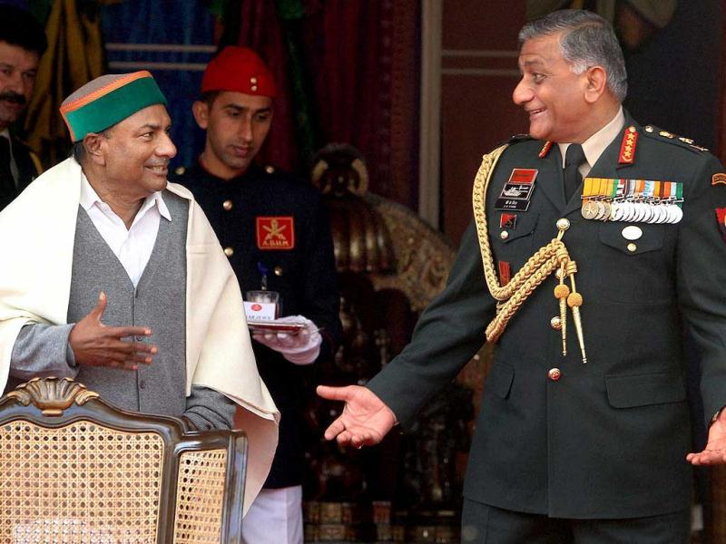 Defence minister AK Antony is seen with Army Chief VK Singh on the occasion of Army Day in New Delhi. PTI/Shahbaz Khan