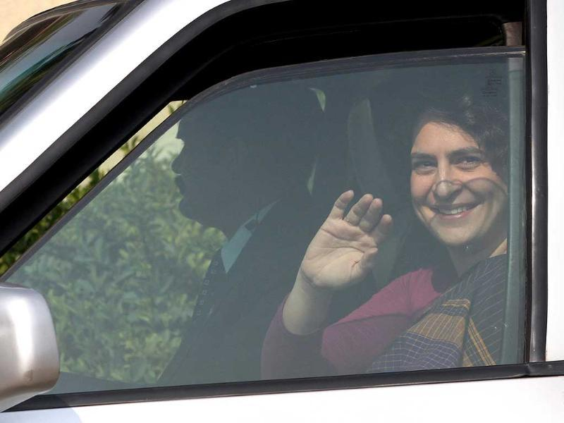 Priyanka Gandhi Vadra is on a three-day visit to oversee poll campaigning in Ameth and Rae Bareli. HT Photo By Sanjeev Verma
