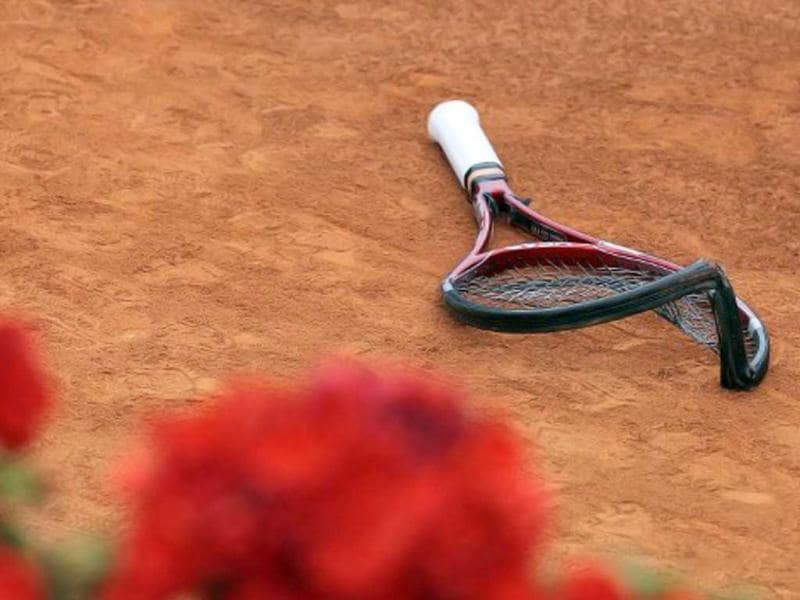 Switzerland's Stanislas Wawrinka's broken racket is displayed during his match against France's Jo-Wilfried Tsonga during the French Open tennis championship at the Roland Garros stadium, on May 27, 2011, in Paris. AFP