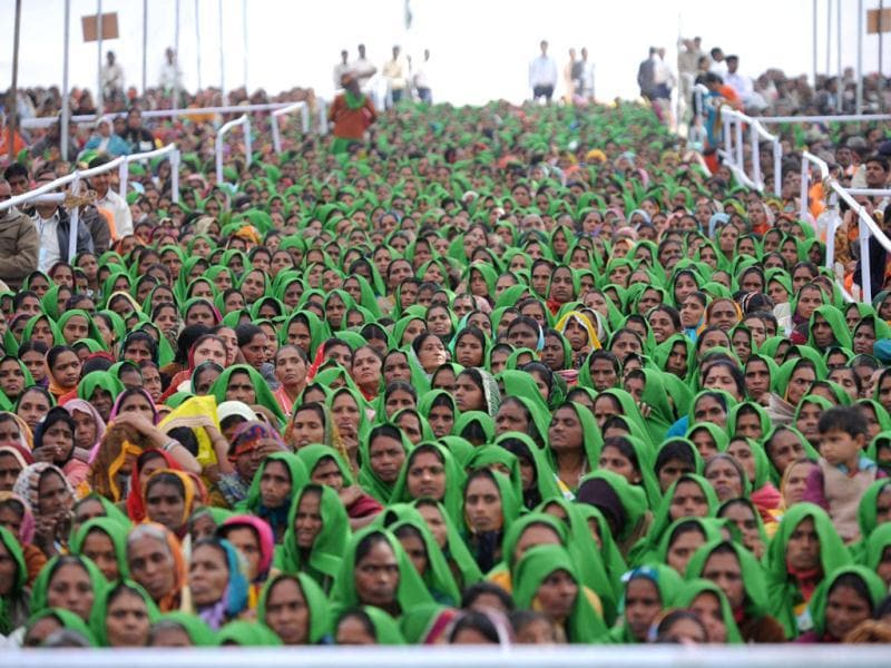 Women from Panch Amrut Dairy attend the 23rd Sadbhavana fast of Gujarat chief minister Narendra Modi at Godhra town some 150 kms from Ahmedabad. AFP photo / Sam Panthaky