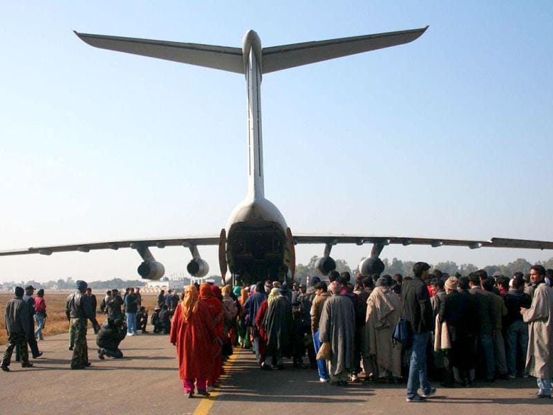 Stranded passengers were airlifted between Jammu and Srinagar by Indian Air force IL-76 today. At least 300 passengers were airlifted from Jammu to Srinagar. Agencies