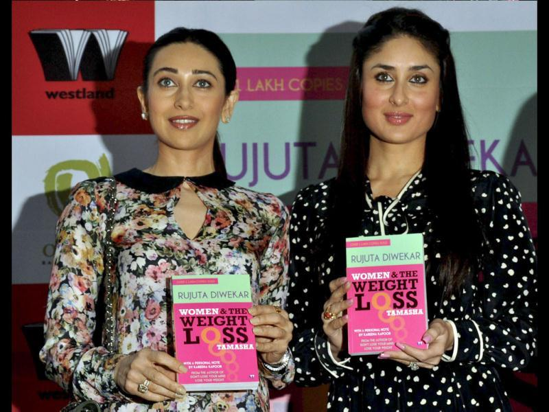 Kareena and Karisma look living advertisements of Diwekar's book.