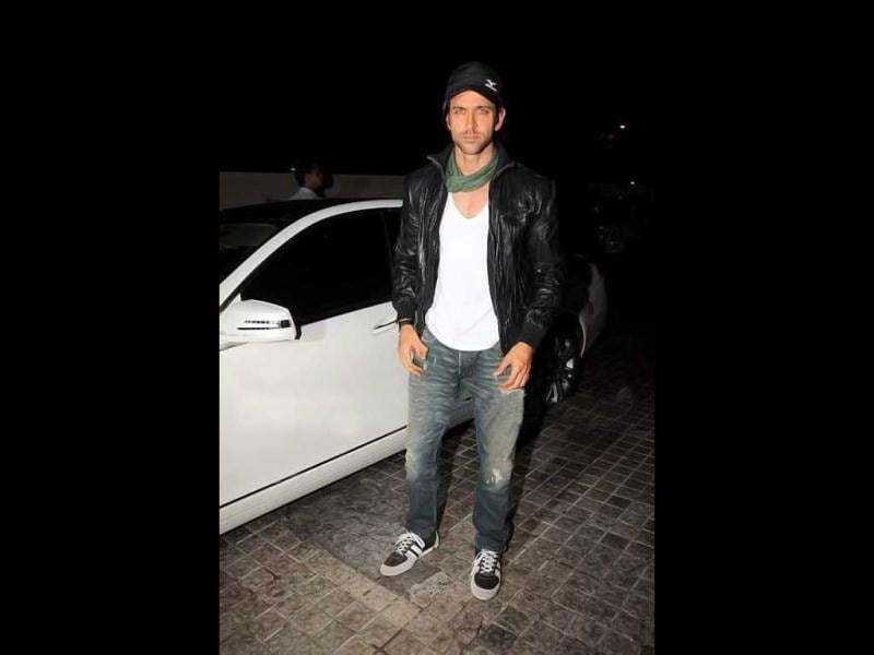 Hrithik Roshan's outfit doesn't impress.