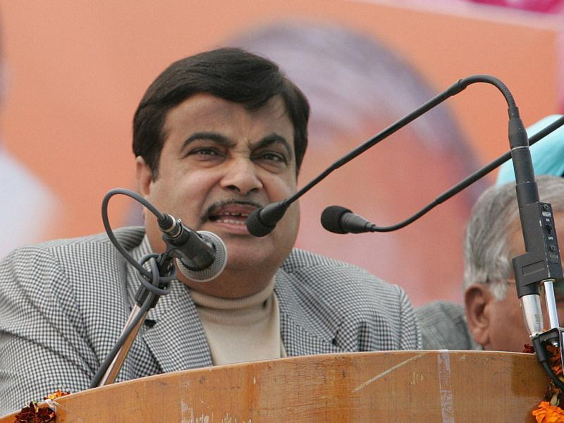 National president BJP, Nitin Gadkari, addressing a rally at Nagal, Punjab. (HT Photo/Keshav Singh)