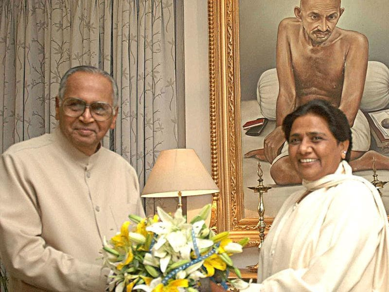 TV Rajeswar (L)was awarded the Padma Vibhushan in the category of Civil Service.