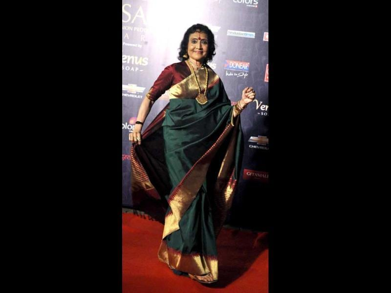 Legendary actor Vyjantimala posed in a beautiful silk sari at the awards.