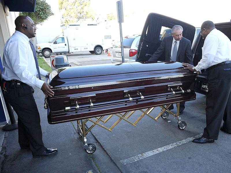 Etta James' coffin arrives at her funeral in Gardena, California. AFP PHOTO/Valerie Macon