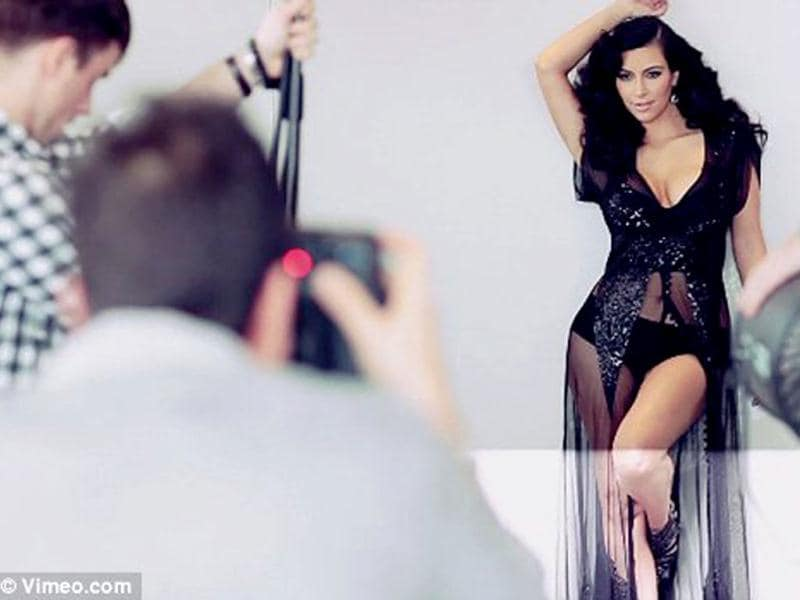 Photo shoot: Picture of Kim Kardashian's photoshoot with Esquire magazine.