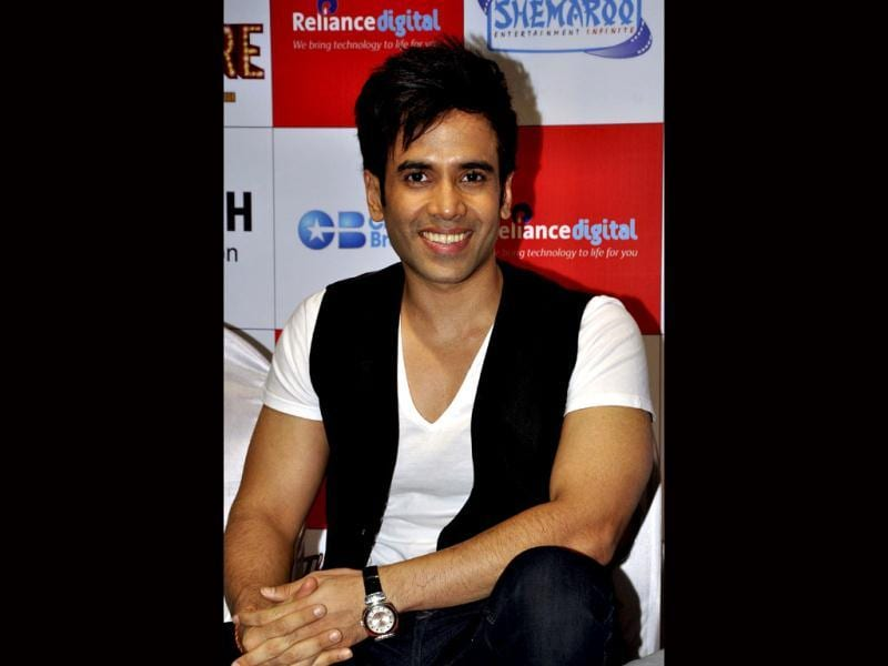 All smiles: Tusshar Kapoor