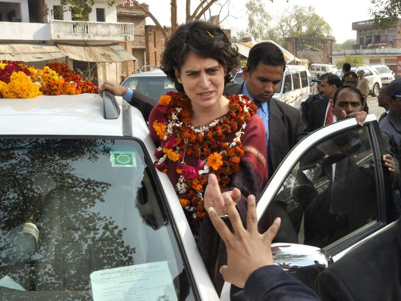 Priyanka Gandhi addressing a public meeting in Amethi. HT Photo/Ashok Dutta