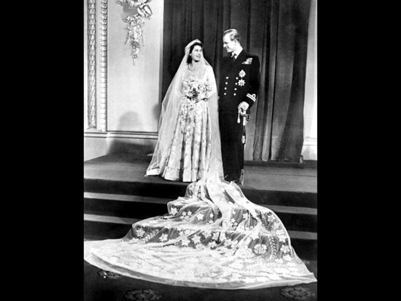 Queen Elizabeth of England and Philip The Duke of Edinburgh on their wedding day, 20 November 1947 in Buckingham Palace. File Photo. AFP Photo