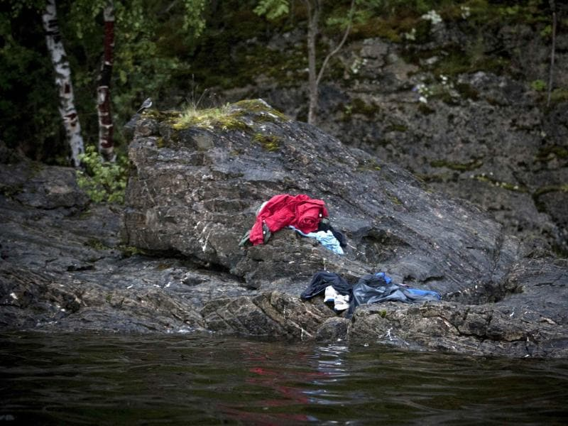 Niclas Hammerstrom of Sweden, a photographer working for Aftonbladet, has won the second prize Spot News Stories with the series