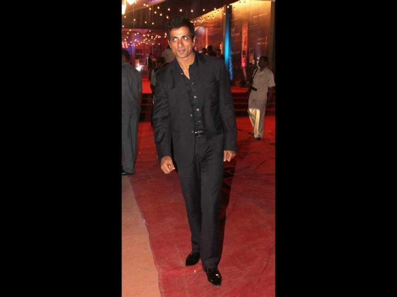 Sonu Sood looks dashing.