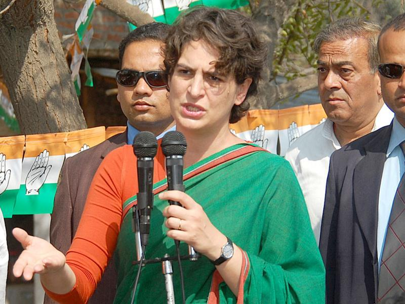 Priyanka Gandhi Vadra addresses an election campaign rally in Tyary. HT Photo/Sushil Kumar Ray