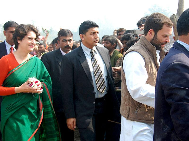 Congress general secretary Rahul Gandhi and Priyanka Gandhi Vadra arrive for election campaign in support of Congress party in Sultanpur. HT Photo/Sushil Kumar Ray