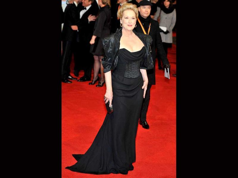 The Iron Lady Meryl Streep commands respect in her red carpet appearance also, thanks to the power shoulders.