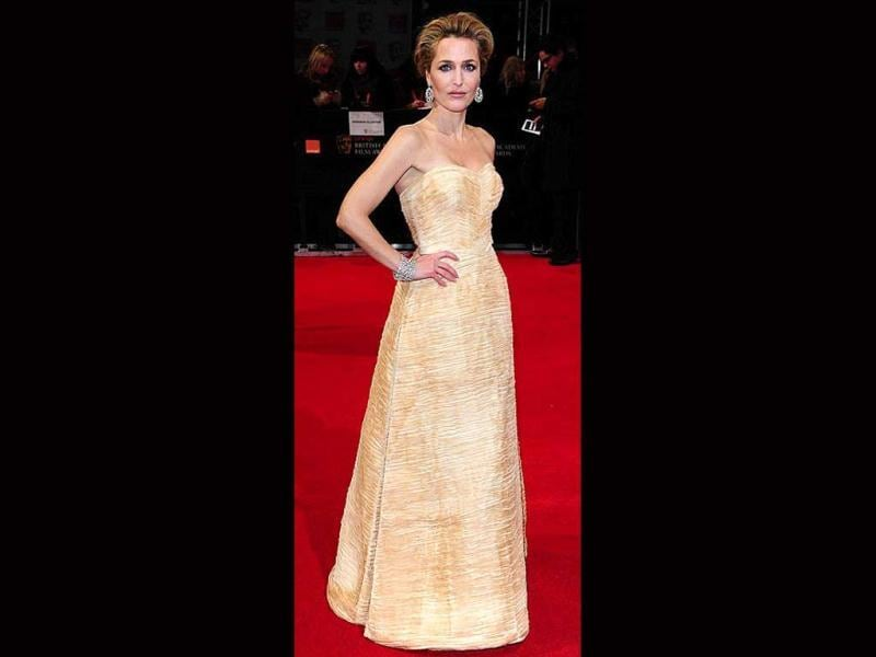 Gillian Anderson looks skinny but stunning nevertheless.