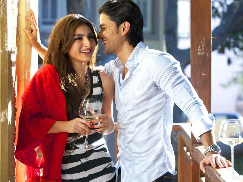 Soha Ali Khan and Kunal Kemmu spoke about their two year old relationship at length. The couple look blissful together!