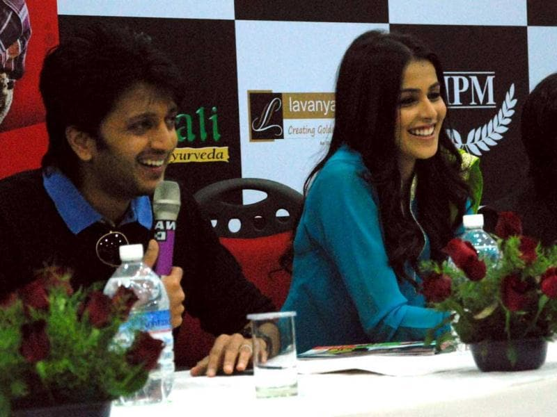 Riteish-Genelia enjoying each other's company. (HT Photo/Sarvesh)
