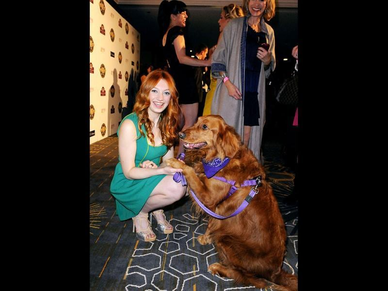 Actor Jacqueline Emerson and her dog Ginger. (Reuters Photo)