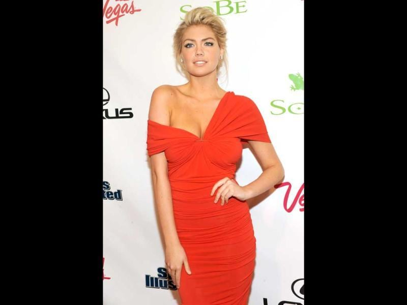 Model Kate Upton, the cover girl of 2012 Swimsuit issue. (AFP Photo)